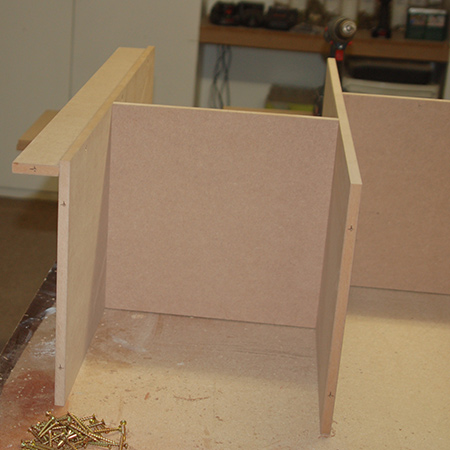 Make a dollhouse bookcase - shelving