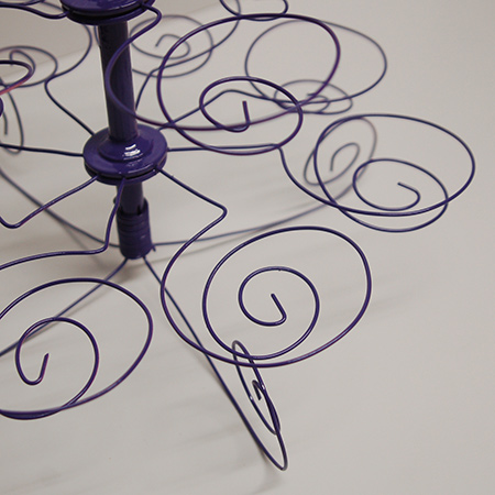 Making the wire cupcake holder was actually easier than I thought. After the first couple of failed attempts to twist the wire shapes, it was a breeze to get them all the same shape and size.