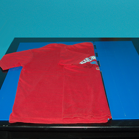 how to make your own t-shirt folder
