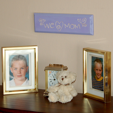 In this project I offer two wonderful wooden plaque designs that you, or your older kids, could make for Mother's Day.