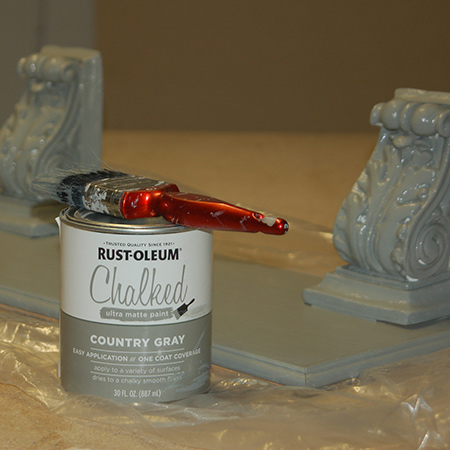 I applied one coat of Rust-Oleum Chalked ultra matt paint in Country Grey with a paintbrush and let this dry.
