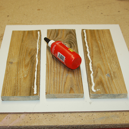 Reclaimed pallet spice or serviette holder