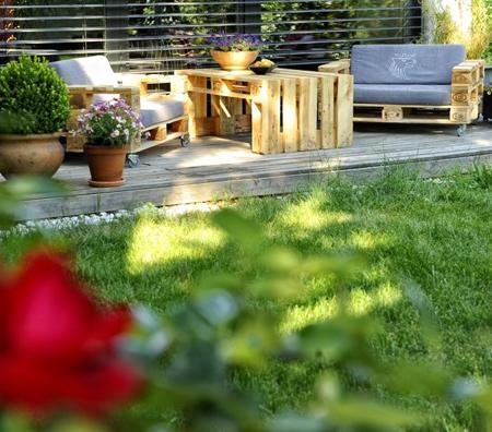 HOME DZINE Garden Ideas | Not your average pallet outdoor furniture