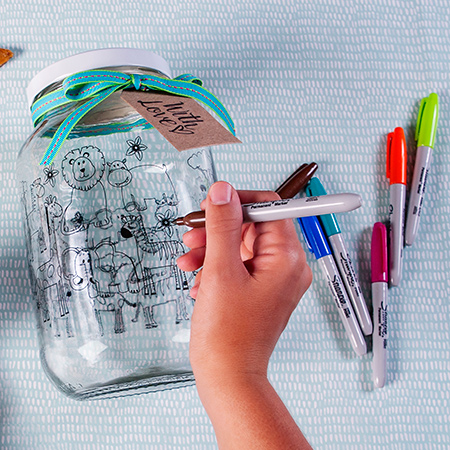 The new Consol Colouring in Jar is the perfect way to de-stress, refocus and pour your creative energy into an inspired DIY activity; a bit like an inexpensive therapy session. But stocks are limited so get to The Consol Shop before the festive season rush to avoid disappointment.