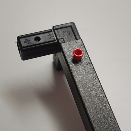 Now you are ready to start joining the steel sections together using the Connect-it 3-way connectors.