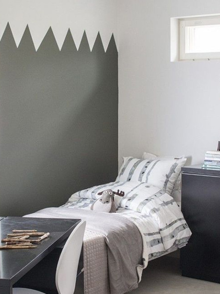 gray zigzag design on child's bedroom wall