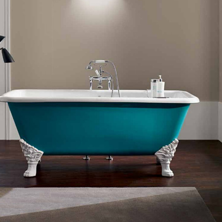 Cast iron claw foot bathtubs were considered a luxury item in the nineteenth century. While they have become more affordable today, claw foot bathtubs still retain their charm and adding some vintage charm may just turn your bathroom into the jewel of your home!