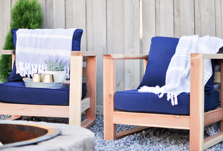HOME-DZINE - DIY Furniture - So easy to make if you use a Kreg Pockethole Jig, this project from BuildSomething offers simple step-by-step instructions for making beautiful garden chairs using pine, supplies and tools that you can find at your local Builders Warehouse.