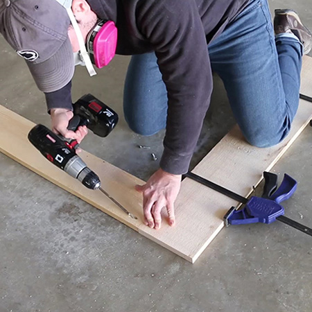 HOME-DZINE - DIY Projects - To make a DIY sliding barn door use a Kreg Pockethole Jig and coarse-thread pockethole screws - and you'll find these at Builders Warehouse, or buy online at Tools4Wood.