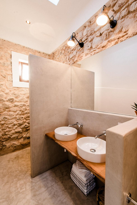 HOME-DZINE | Inspiring Architecture - To highlight the original stone walls, concrete and timber was used in the design for the bathroom