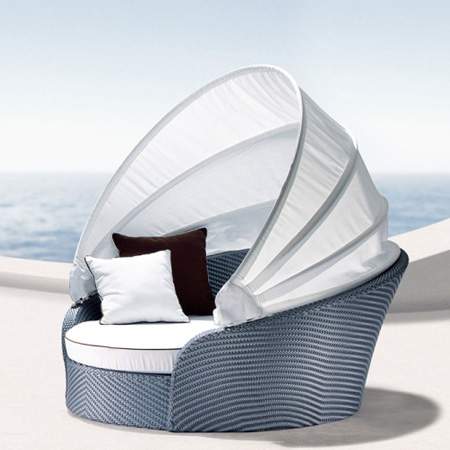 HOME-DZINE | Outdoor Furniture - Relax in the sun with the Mobelli Aura Swivel Day Bed.