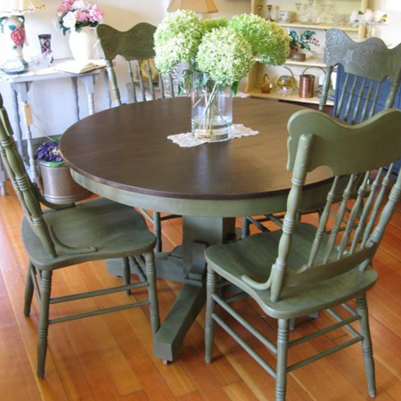 More pedestal table ideas: