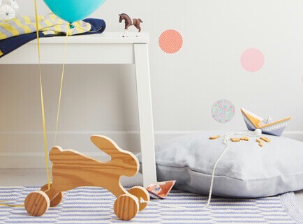 This adorable pull-along bunny is so easy to make using supplies that you will find at your local Builders, and will take about 30-minutes tops!