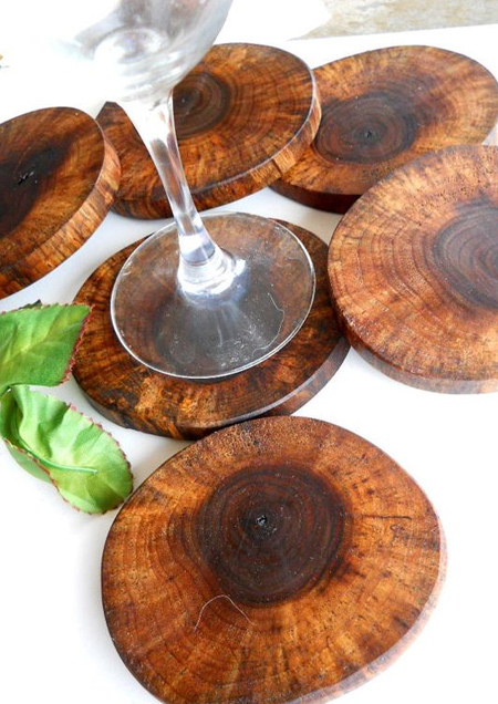 Smaller wood slices make great coasters or pot trivets as well. Try to choose branches that will be easy to cut with a mitre or table saw. Once cut, sand them smooth and apply Woodoc 5 or 10 Interior Sealer.