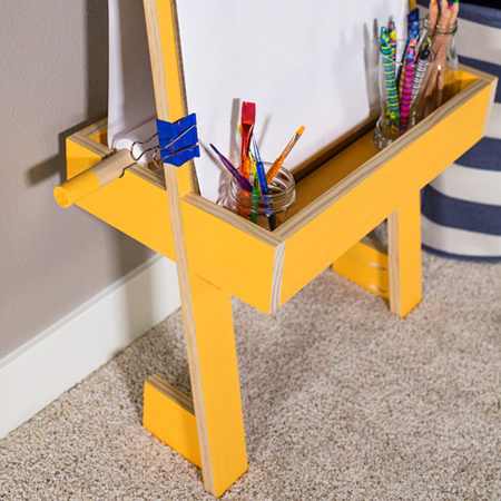 Creative Easel with tray