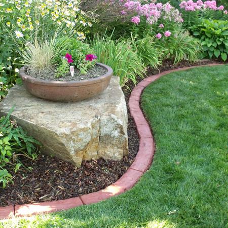Home dzine garden ideas diy concrete edging for Diy flower bed edging ideas