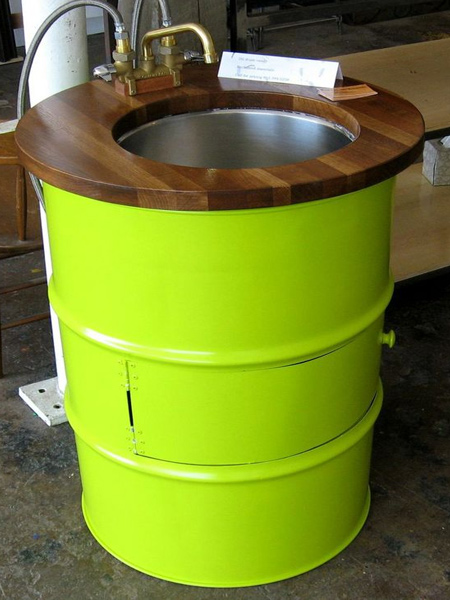 Practical ways to recycle old oil drums