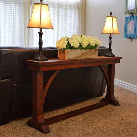 To make a heirloom piece we recommend that you use Meranti or hardwood to make the sofa console table, but if you want something a bit more affordable, find PAR pine at your local Builders Warehouse.
