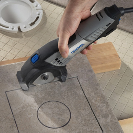 The Dremel DMS20 is supplied with a selection of cutting blades for tile, brick and wood. The compact size makes it portable and easy to use for all your tiling projects - plus you can easily cut curves and use the DSM20 to plunge cut for cut outs inside tiles.