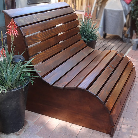 By popular demand, now you can make your own Garden Love Seat - just in time for summer in the garden. Join the DIY Divas in Randpark Ridge and Durban in early September and add a comfy bench to your garden.