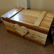 Toy Box made from Pallet Wood