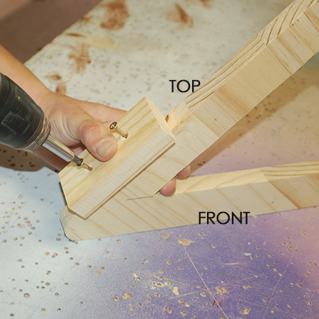 Make a small drop-leaf table - assemble support