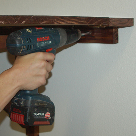 Make a small drop-leaf table - install