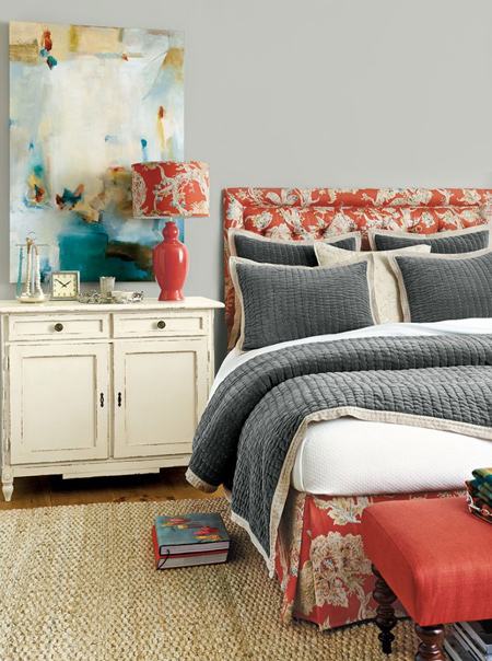 Combine cranberry with shades of grey -  on walls and bedding - for a cosy room filled with energy!