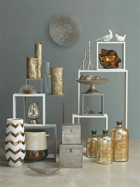Give any room in a home a touch of glam with Rust-Oleum Designer Metallic or Universal Metallic spray paints.