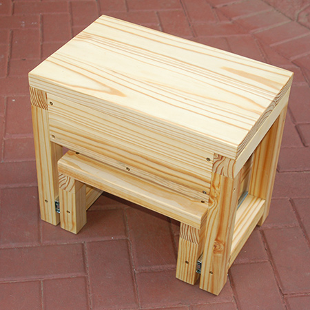 Made using pine that you can buy at any Builders Warehouse, the step stool doesn't require any specialist tools or fancy angles. The basic design is an easy project even for a beginner.