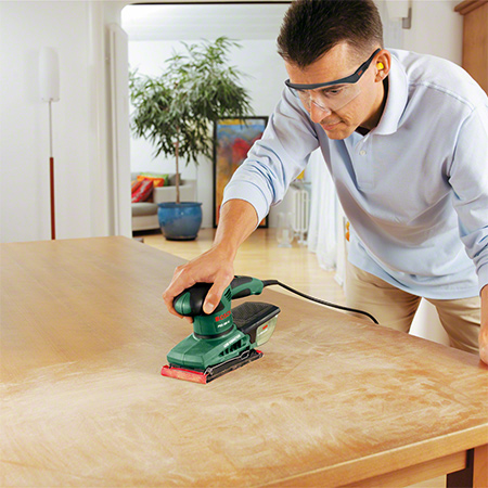 The Bosch PSS 200 AC Orbital Sander is the ideal solution for fast sanding.