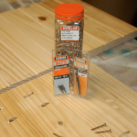 9. To assemble the slat tops, drill pocket holes in each slat to join together. Apply wood glue and then clamp together and use 50mm screws to secure. Wipe away any excess glue that oozes out immediately. Leave overnight to dry.