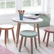 Kiddies table and stools