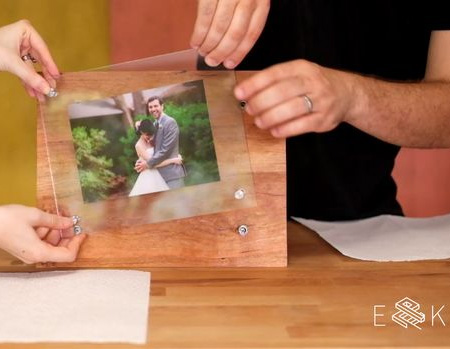 Make a wood and glass photo frame