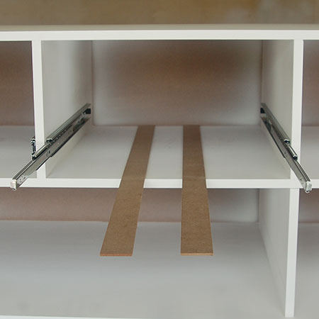 HOME-DZINE | Fit Drawer Runners - Secure the drawer runners to the sides of the frame. Measure and mark accurately on both sides to ensure the frames are eually mounted. Attach the drawers to the frame with 16mm screws along the length (front - middle - end).