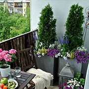 Create the perfect balcony patio