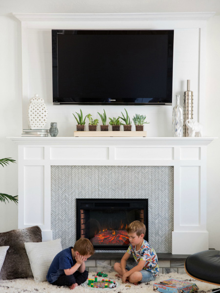 HOME-DZINE - Faux Fireplace Ideas - Designed by pneumaticaddict.com, this faux fireplace is completely portable, so it's ideal for a rental home. It was designed to accommodate an electric fire that looks very realistic.
