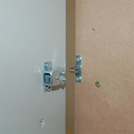 add door catches