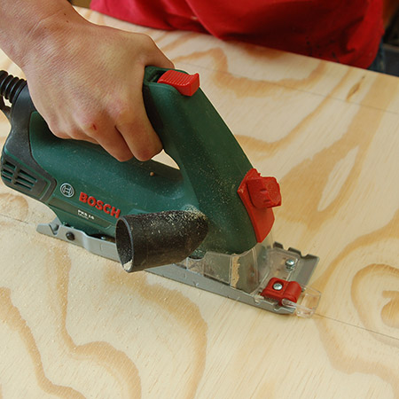 You can use the Bosch PKS 16 to cut a variety of board materials, up to a thickness not exceeding 16mm.  That's fine by me since most of my projects are made using 16mm board.