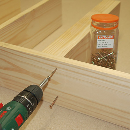 Use eureka cut screws to join, as this eliminates the need for drilling pilot holes.