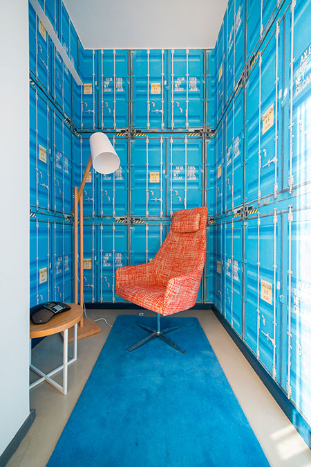 HOME-DZINE | Interior Design - Allport offices - The 7th floor features other striking spaces that extend the nautical theme. The first is a private room in which employees can make phone calls without any disruptions or noise.