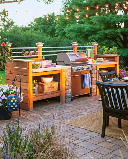 HOME-DZINE | Outdoor Entertaining - As a homeowner, we all want to enjoy as much time as possible outdoors, and that means cooking and dining al fresco. While a basic braai grill will do for you and your hubby, outdoor kitchens are in high demand and increase the value of a property.