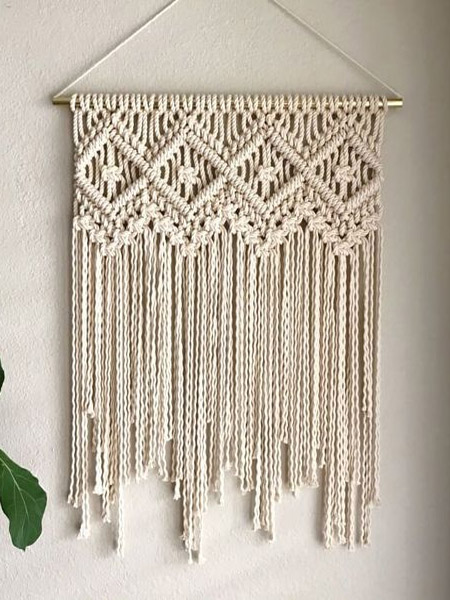 HOME-DZINE | Craft Projects - Today's modern macramé designs bring together traditional techniques in new and inventive ways. Take a look at some of the beautiful crafts that can be made with a few basic knots and some rope or twine: