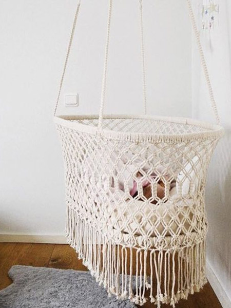 HOME-DZINE | Craft Projects - Here's another fantastic idea for using macramé... this beautiful macramé crib gently sways and allows breezes to caress your baby on hot days. While the macramé trend may come and go, items like these are sure to stay forever.