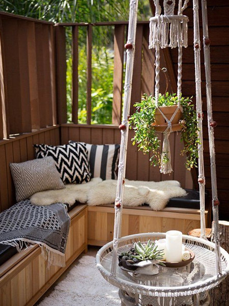 HOME-DZINE | Craft Projects - Use macramé techniques to make your own outdoor accessories, like this hanging coffee table. It becomes an instant conversation piece!
