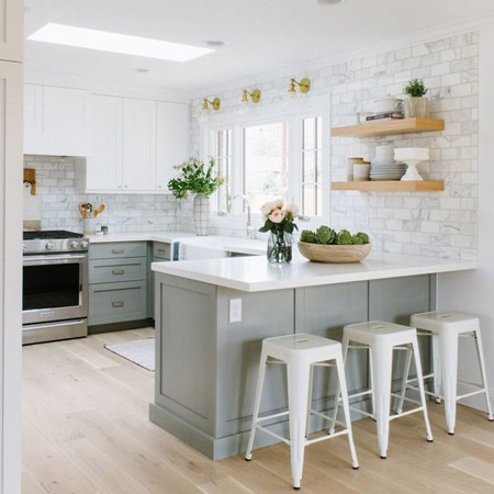HOME DZINE Kitchen | Should I paint my kitchen cabinets? on black faux painted kitchen cabinets, paint used for cabinets, blue grey painted kitchen cabinets, can you paint white kitchen cabinets, should i paint white kitchen cabinets, gray paint oak kitchen cabinets,
