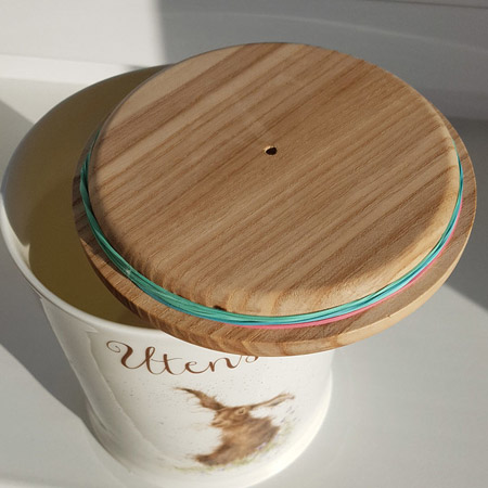 Make your own wooden lids