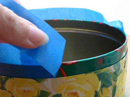 Remove the masking tape around the rim of