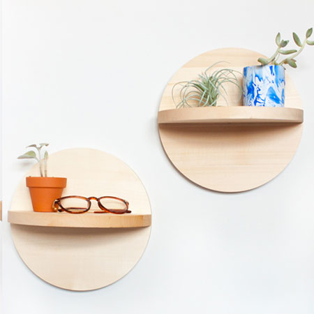These circular wall shelves are easy to make using pine, plywood or supawood.