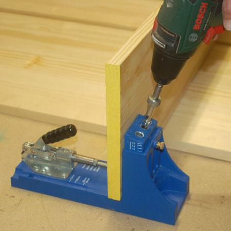 use a pocket hole jig to make the corner bookshelf